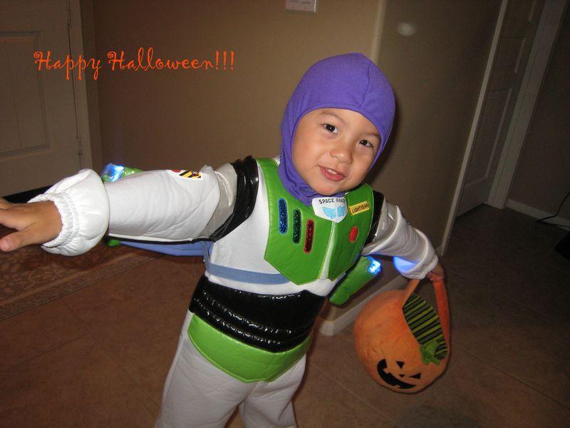 Halloween Buzz 2009 copy